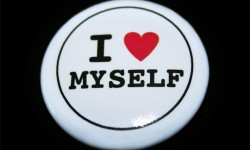a button that says i love myself