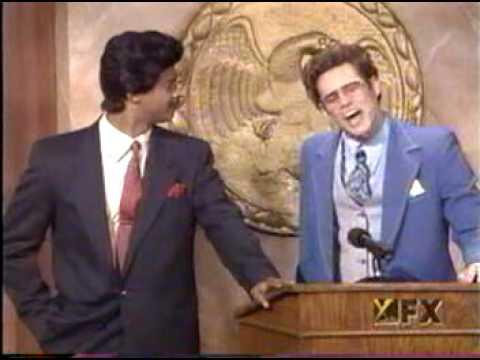jim carrey and dwayne wayans preaching in a church